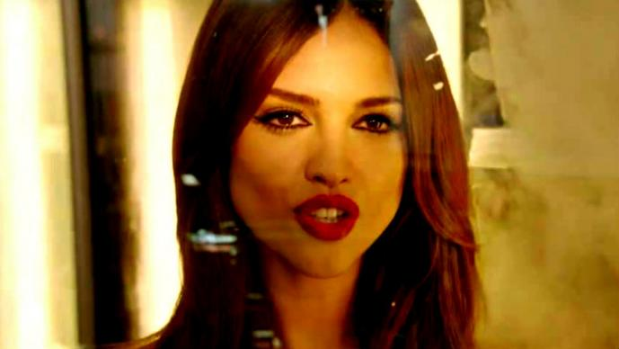 "Eiza González y Salma Hayek ""compiten"" con sexy baile | VIDEO"