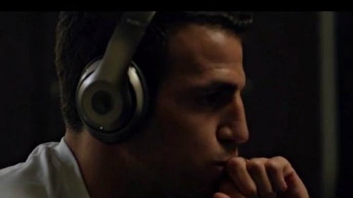 Cesc Fabregas protagoniza polémico comercial