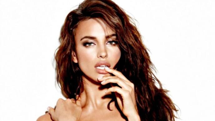 Irina Shayk y su topless robado | GALERÍA