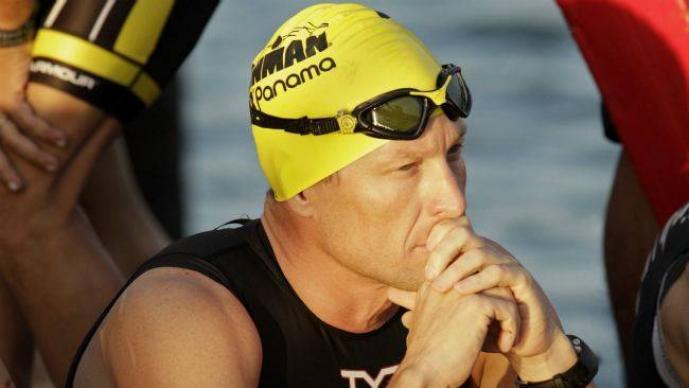 La FINA impidió a Armstrong participar en un evento de natación