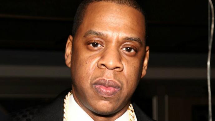 Jay-Z es atacado por la hermana de su novia | VIDEO