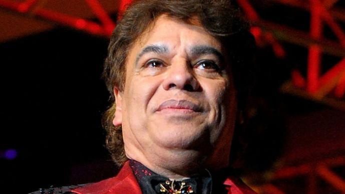 """Juan Gabriel vuelve """"radiante"""" a los escenarios"""