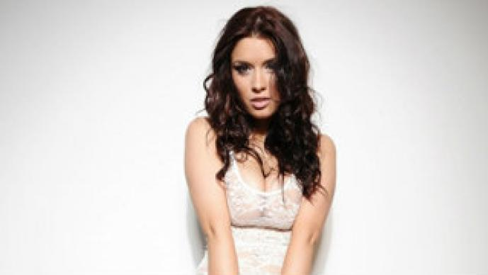 Kelly Andrews, topless