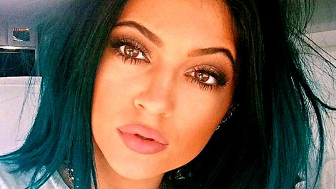 Kylie Jenner, la hermanita sexy de Kim Kardashian