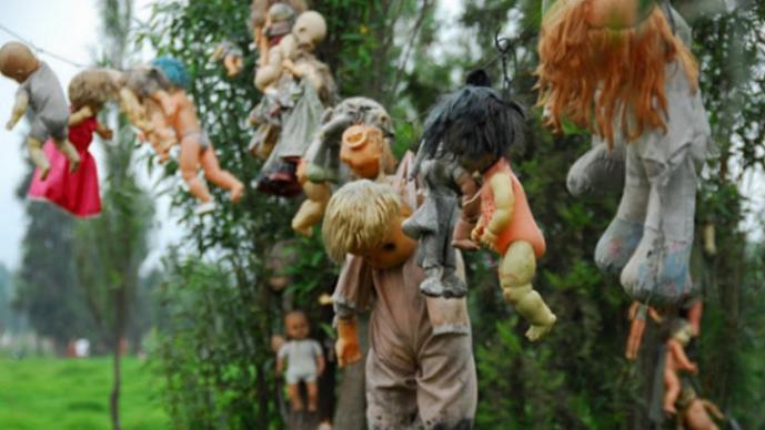 Resultado de imagen para xochimilco muñecas