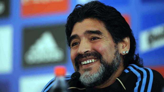 Maradona dice que el Papa y el dios del futbol son argentinos
