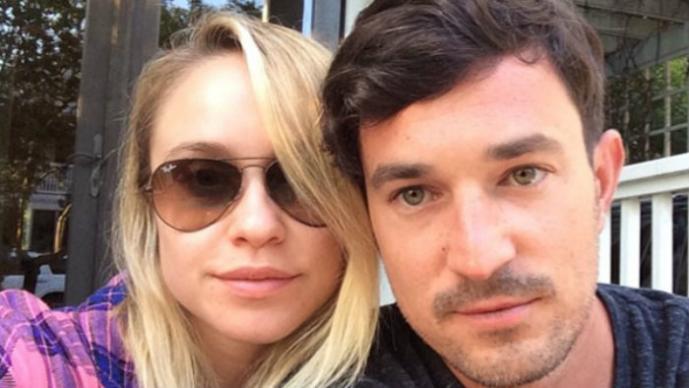 Matt Bendik y Becca Tobin