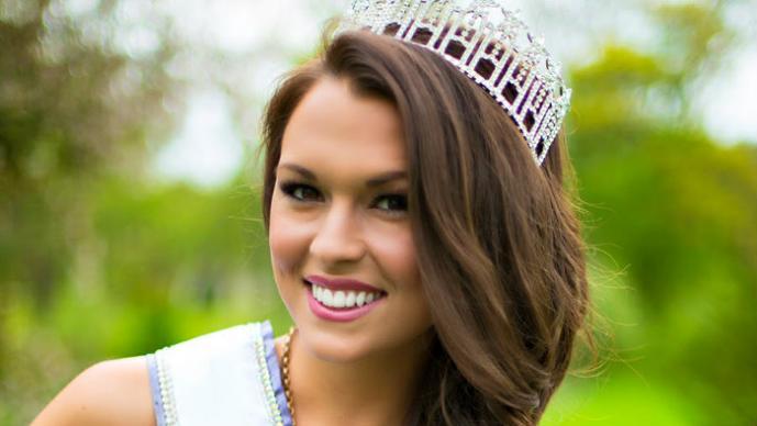 Joven desafía el concurso Miss Estados Unidos con sus curvas
