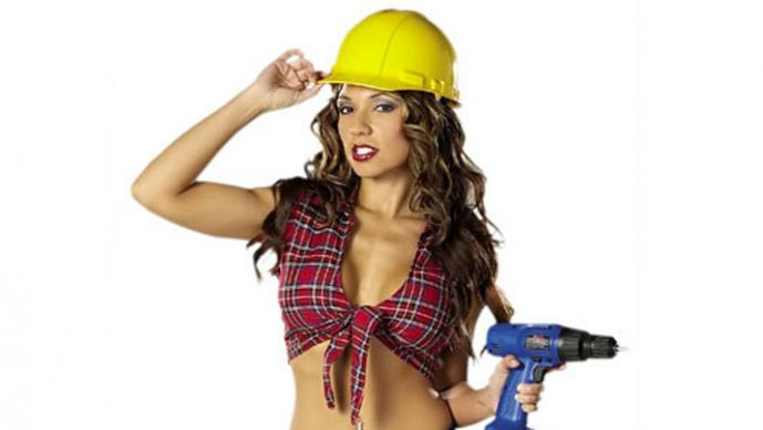 Mujer en construcción