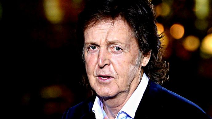 Paul McCartney se reporta grave en el hospital