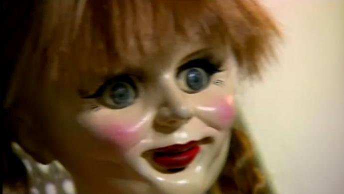 Crean terrible broma con muñeca de Annabelle