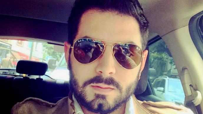 Hijo de Eugenio derbez niega cargos por acoso sexual
