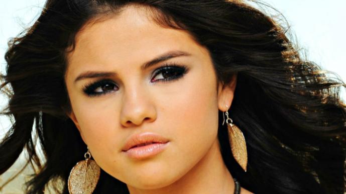 Selena Gomez es traicionada por su mejor amiga