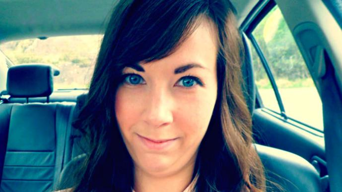 Chica se mata por culpa de Facebook