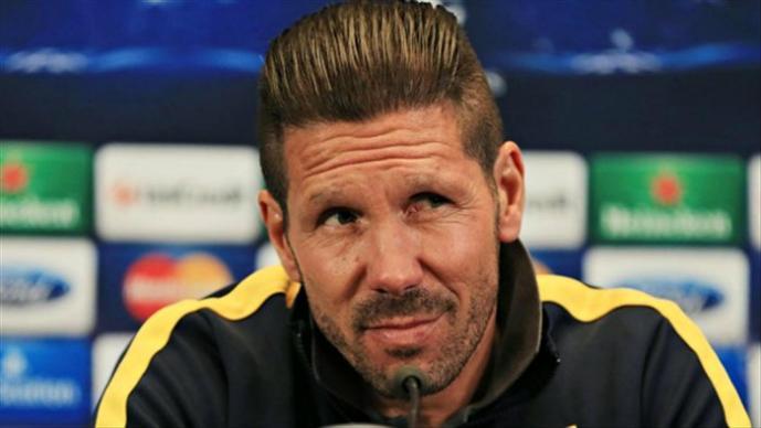 Confunden a técnico de futbol con Ricky Martin