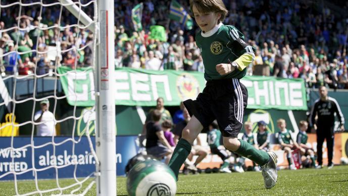 Atticus Lane-Dupre superó la enfermedad y cumplió su sueño, jugar con los Timbers de Portland