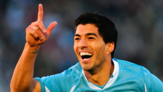 Luis Suárez enciende las alarmas en Uruguay