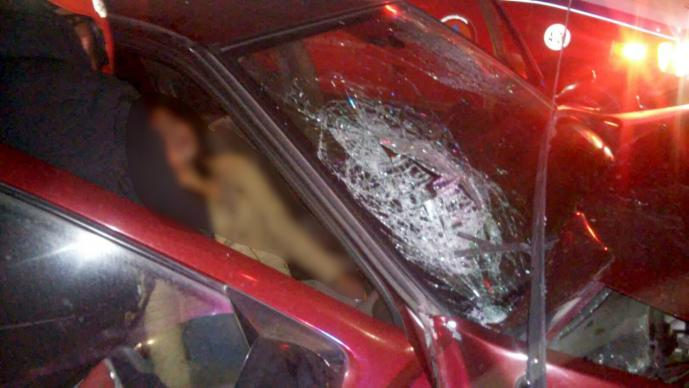 Adolescentes sufren accidente automovilístico (Foto: El Gráfico)