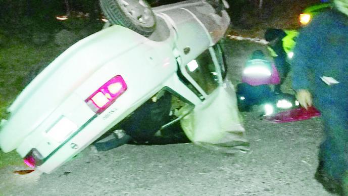 Auto aplasta a hermanos (Foto: Gerardo Mendoza)