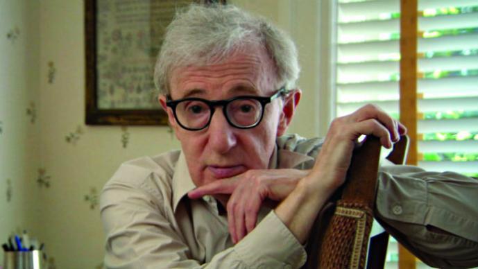 Hija de Woody Allen lo acusa de abuso sexual