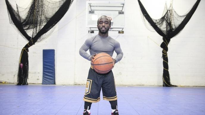 Tiny Jahmani Swanson, basquetbol, pequeño, enano, Michael Jordan