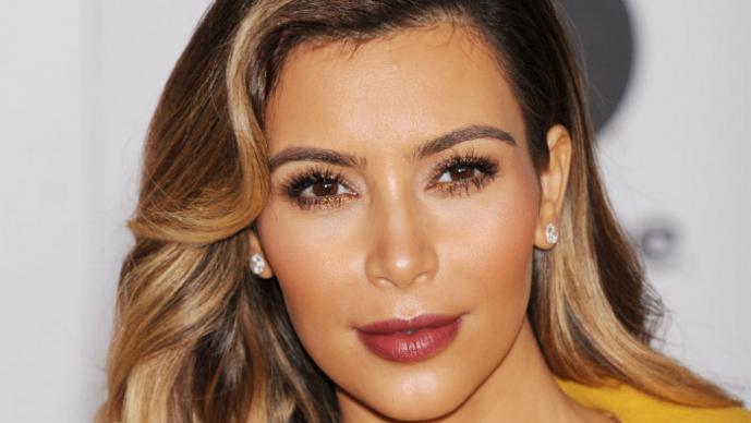 Kim Kardashian en ardientes selfies