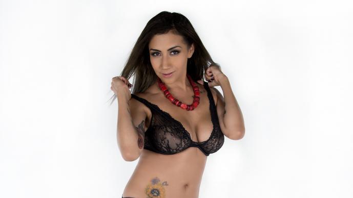 Los hombres no han explotado su sensualidad en las redes, indica la mexicana >>> Foto: R. Huízar
