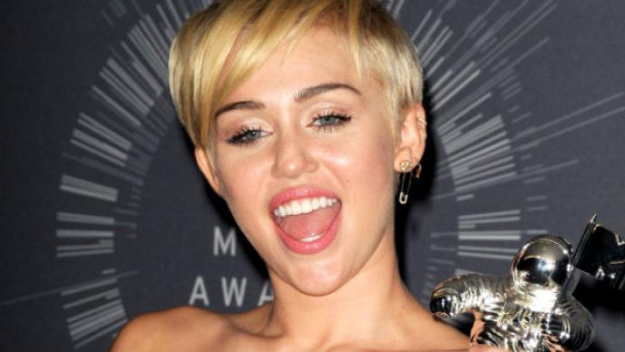 Miley Cyrus y las famosas menos deseadas