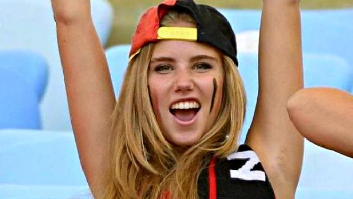 FG, Adolescente pasó de aficionada a modelo gracias al mundial | FOTOS,Axelle Despiegelaere