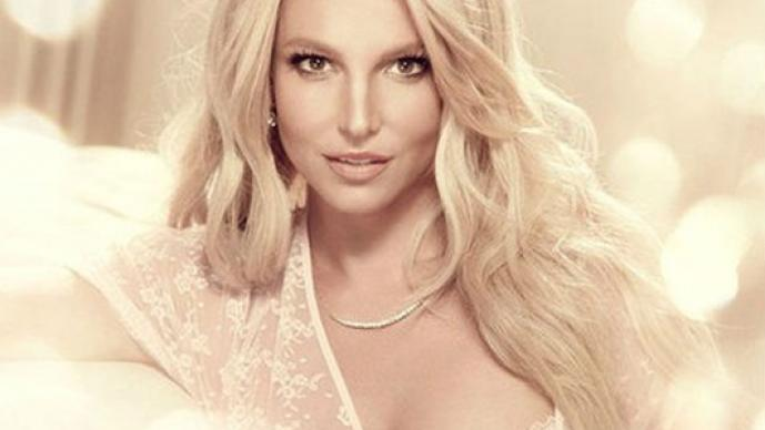 Britney Spears, lencería, ropa interior, desnuda, empresaria, promocional