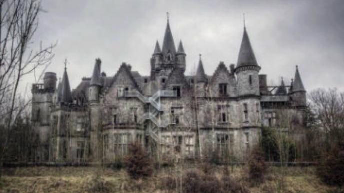 Castillo abandonado en Bélgica.