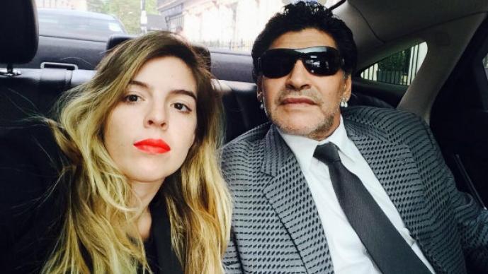 Maradona y el amor por sus dos mujeres