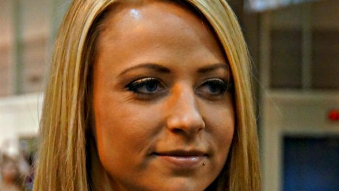 Luchadora de la WWE es arrestada por robo