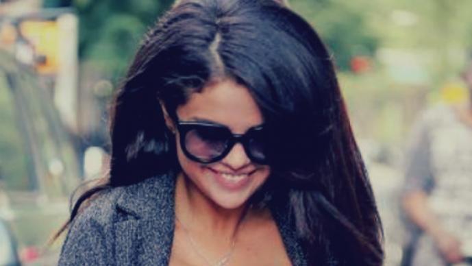 Selena Gomez ¿estrena atributos?