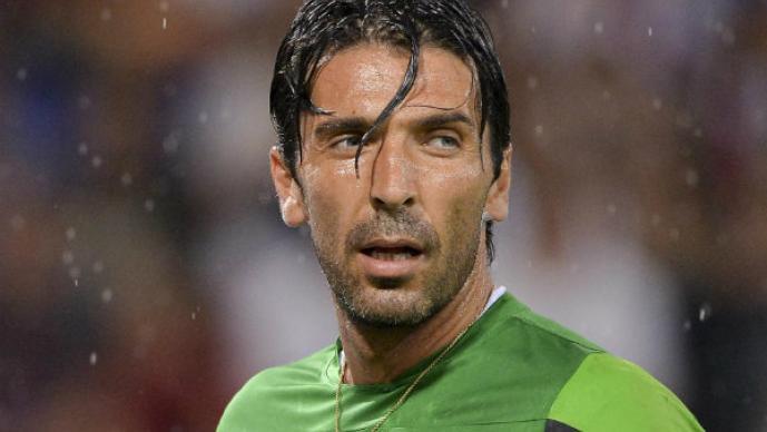 Gianluigi Buffon es sorprendido con su amante,  Ilaria d´Amico
