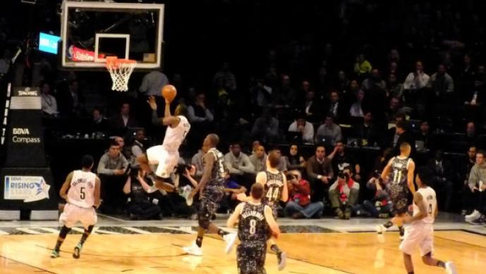 """El """"Jordan"""" blanco luce en Juego de Estrellas de la NBA"""