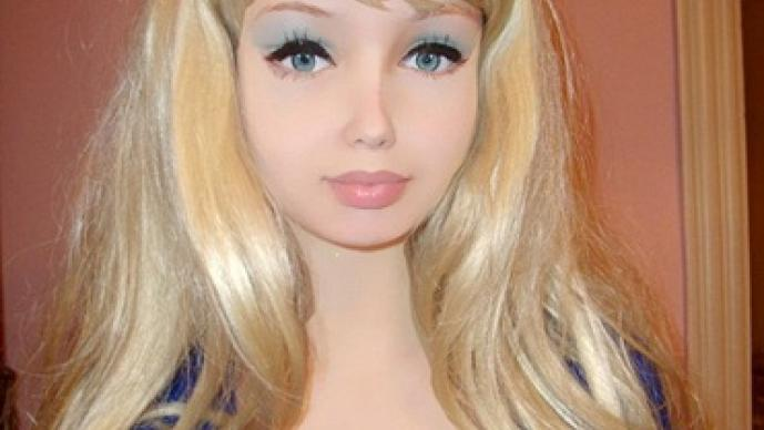 Lolita Richi, Barbie humana, Valeria Lukyanova, sin cirugías