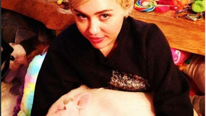 Miley Cyrus, Instagram, charro, taco, disfraz