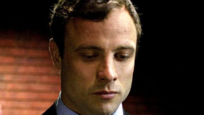 Revelan fotos insólitas de Oscar Pistorius después del asesinato de su novia