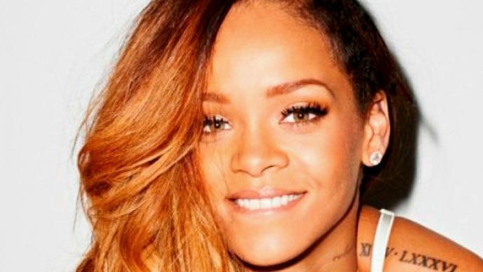 Rihanna desmiente embarazo con sexy figura