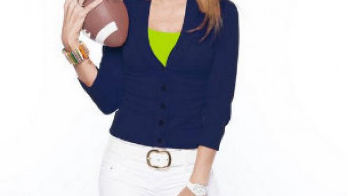 Famosas calientan el Super Bowl