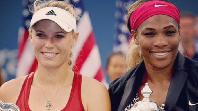 Wozniacki y Serena encienden las redes con sus bikinis