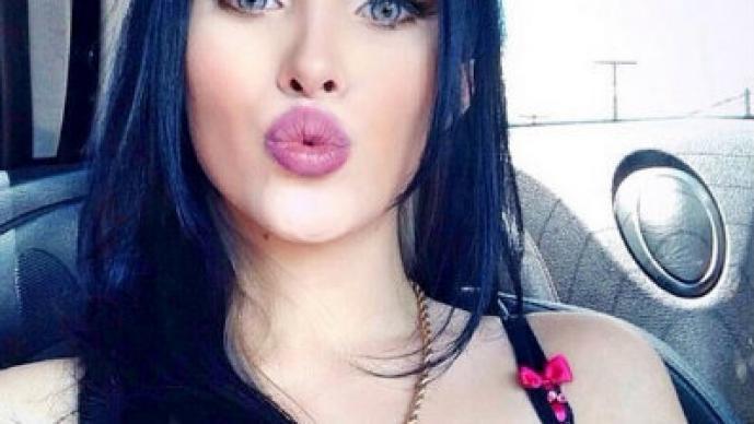 Candidata a Miss BumBum imita a Kim Kardashian