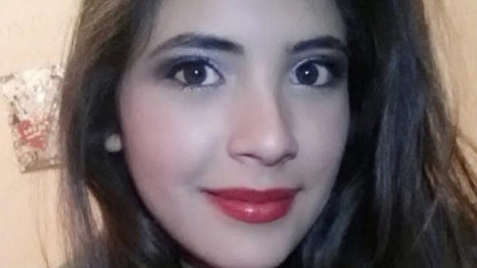 Brenda Medellín, la adolescente campeona del pole dance