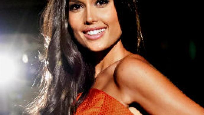 Miss España revela preferencia sexual con polémica foto