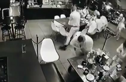 video ataque mortal bar Uruapan Michoacán
