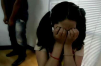 niña violada abuso sexual padre india