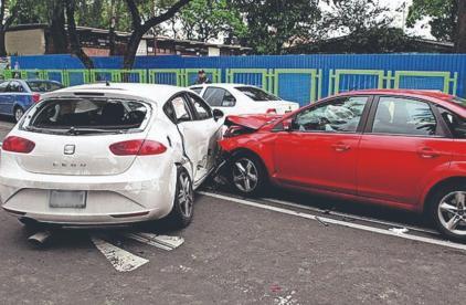 Choques planeados, así operan extorsionadores vs autos en CDMX, Edomex y Morelos