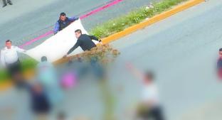 Automovilista embiste a madre e hija que iban a pasear al parque, en Zinacantepec. Noticias en tiempo real