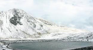 Rescatan a tres extraviados en el Nevado de Toluca. Noticias en tiempo real